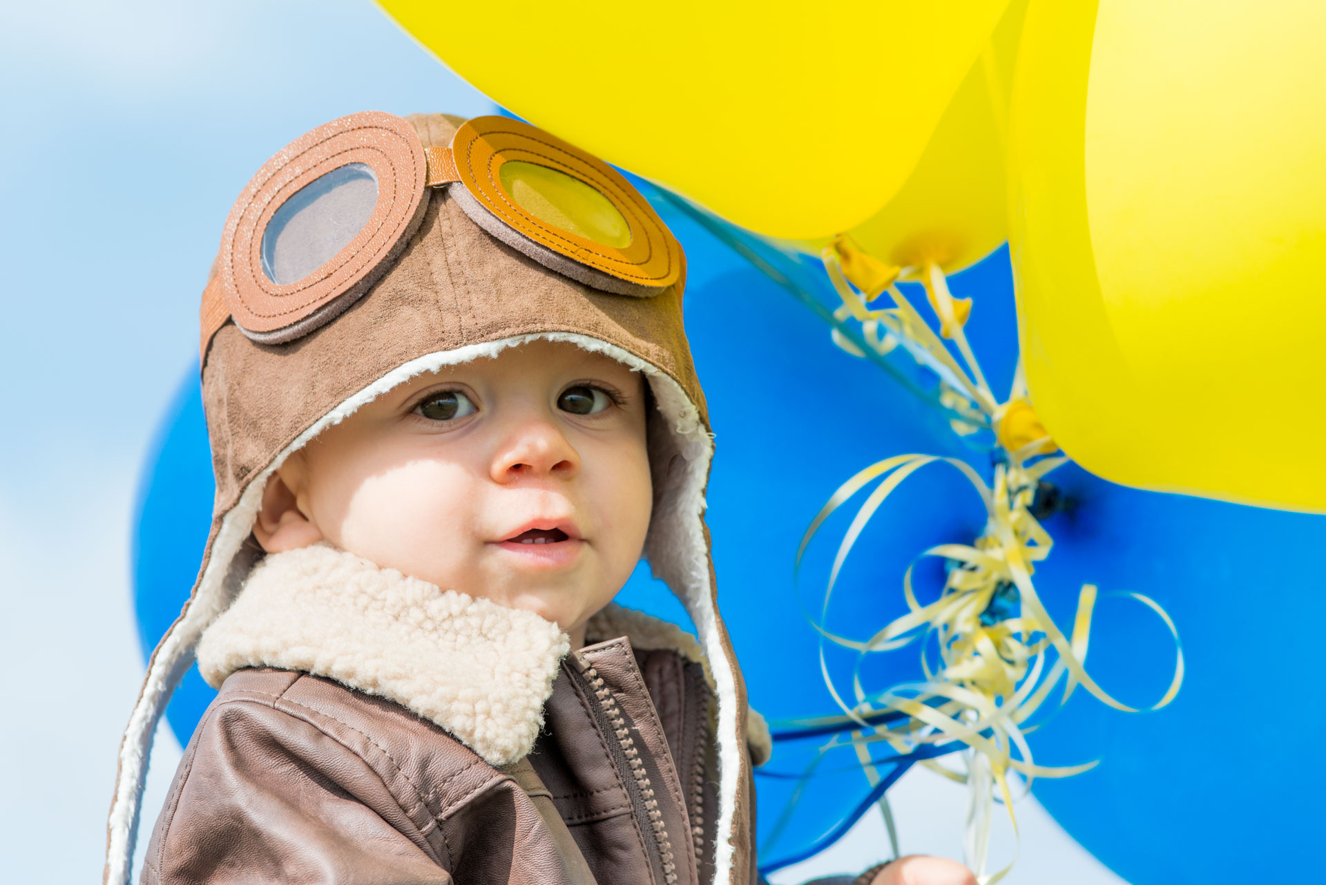Aviator & hot air balloon birthday photography session done by Addie Lane Studios in Maple Grove, MN
